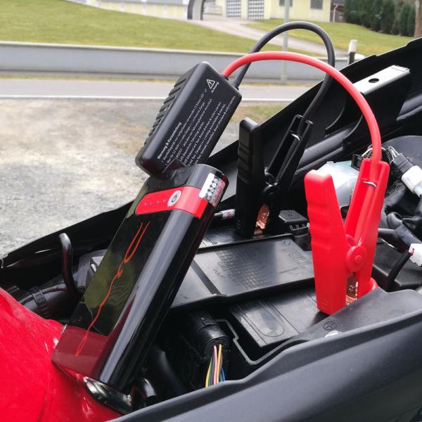 Dino-Kraftpaket-Powerbank-3in1-Starthilfe
