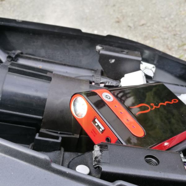 Dino Kraftpaket Powerbank 3in1 Taschenlampe