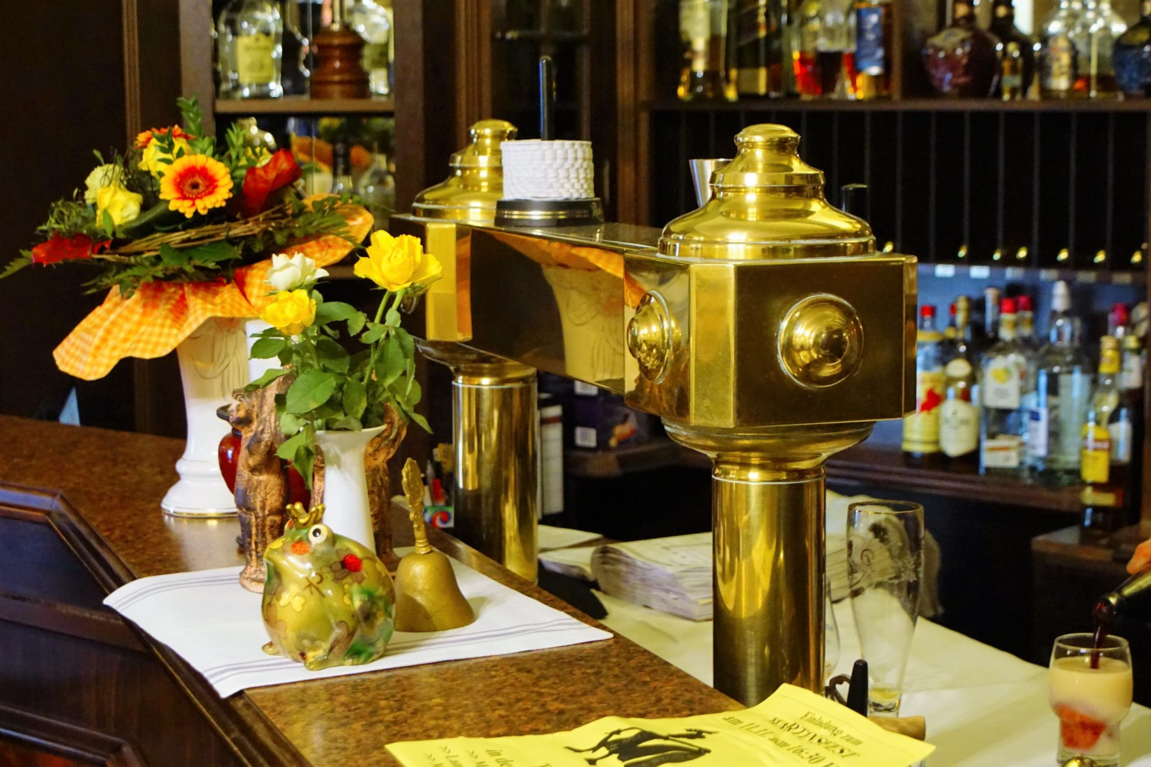 Bluhms Hotel Bar