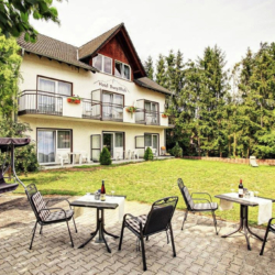 Land Gut Hotel Burgblick