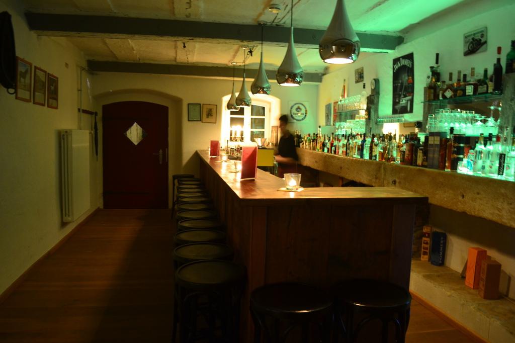 Zum Güldenen Ritter Bar