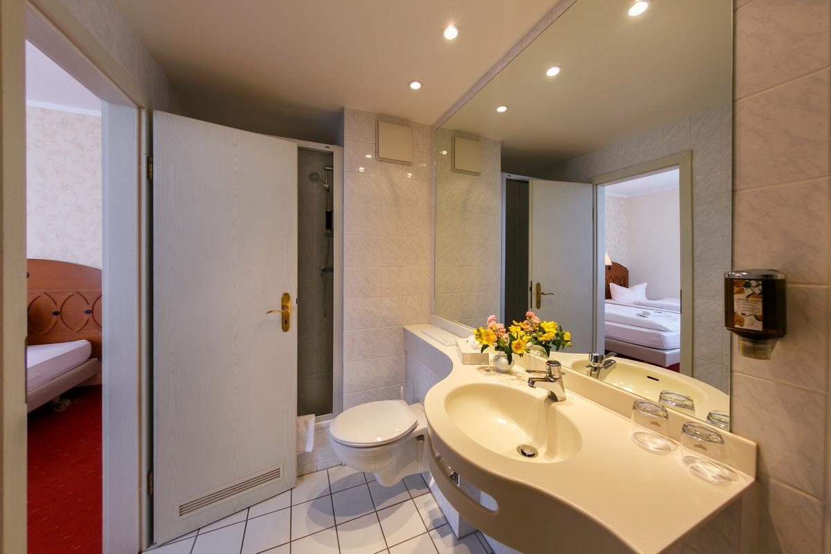 Goldener Fasan Badezimmer