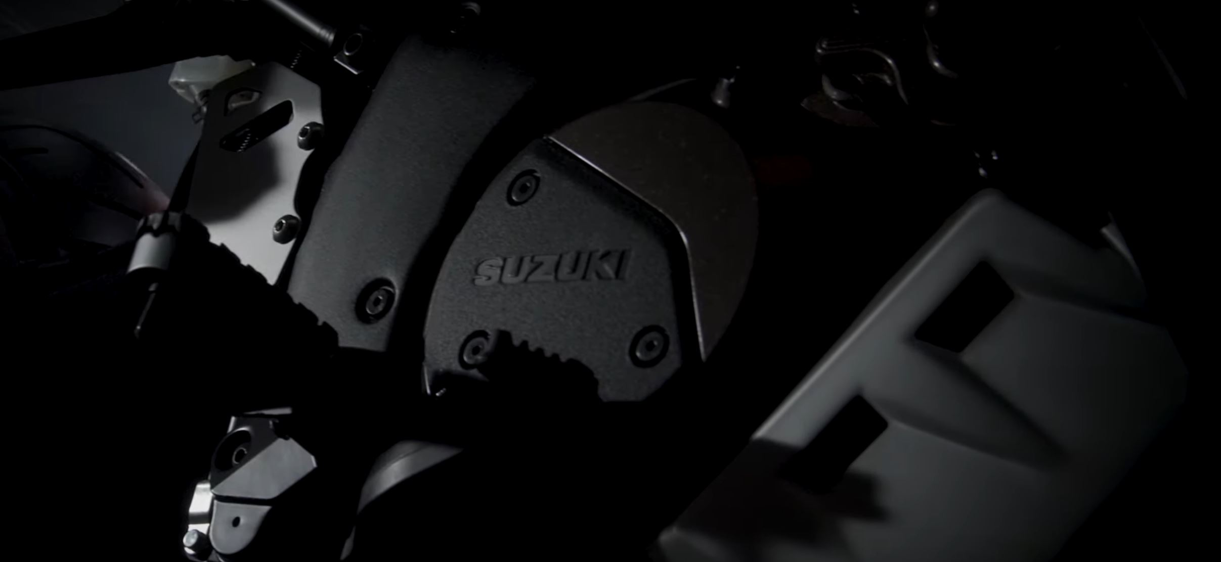 Neue Suzuki DR 800 Big auf der EICMA?