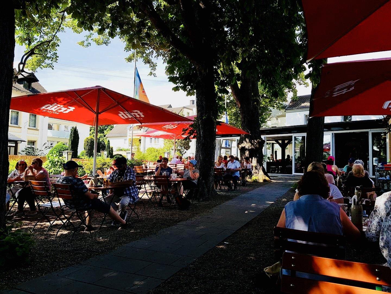 Bikertreff Schlimgen Biergarten