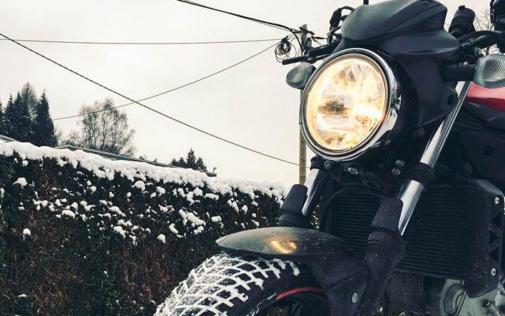 5 Tipps für Motorradfahrer im Winter | So kommst du sicher ans Ziel