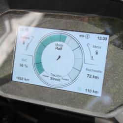 Zero SR/S Premium im Test Display