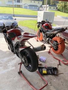 Yamaha R6 und Suzuki SV 650
